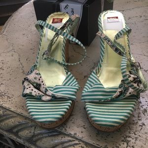 Green and white duck cloth wedges by BC